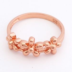 Yesterday Today Tomorrow Flower Ring - Rose Gold