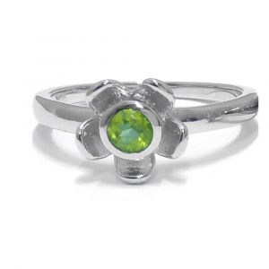 Forget Me Not Flower Ring - Green Peridot - Sterling Silver